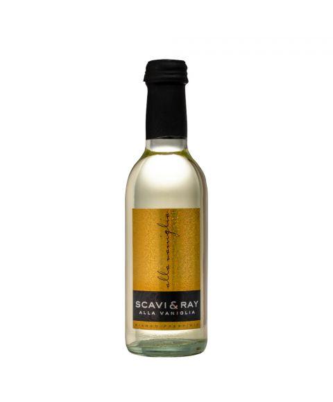 Scavi & Ray Alla Vaniglia Vanilleweißwein in kleiner 250ml Miniatur Flasche mit glitzerndem Etikett.