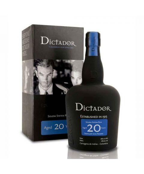 Dictador Colombian 20 YO Rum in einer form schönen matt schwarzen Flasche mit blauen Highlights und 0,7l Inhalt.