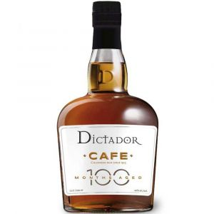 Dictador Colombian Cafe Rum 100 Monate gereift in einer 0,7l Glasflasche.